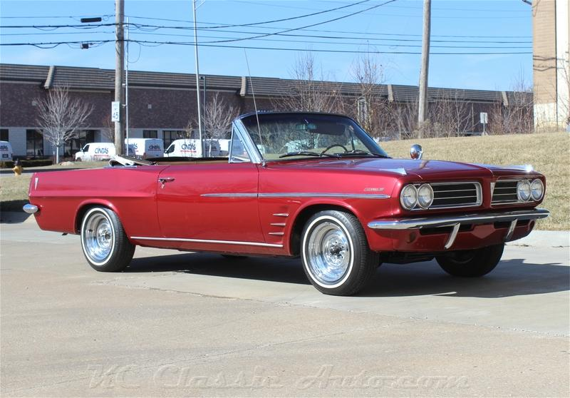 1963 pontiac lemans convertible restored for sale muscle cars collector antique and vintage. Black Bedroom Furniture Sets. Home Design Ideas